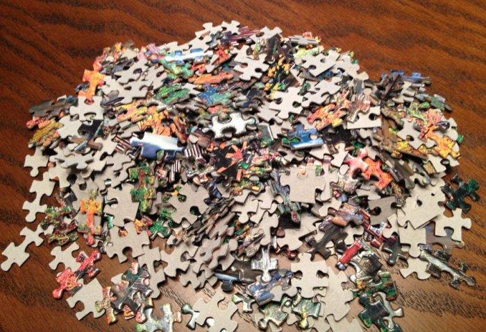 picture puzzle pieces pile