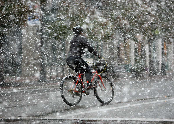 riding in snow 3