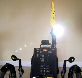 planet bike headlight flashing