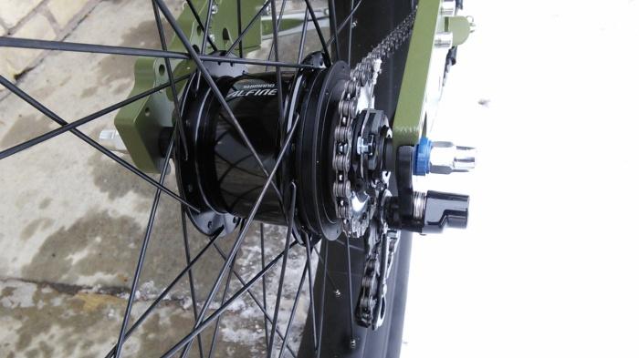 Shimano Alfine 8 speed rear hub on fat tad