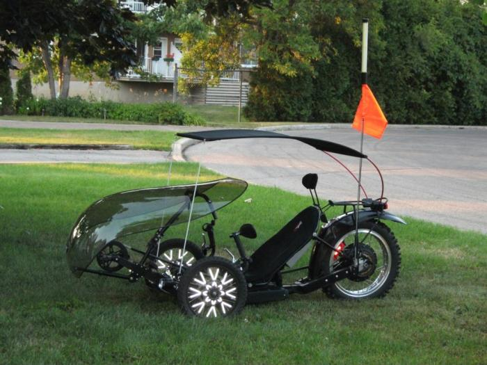 KMX motorized with canopy left side view