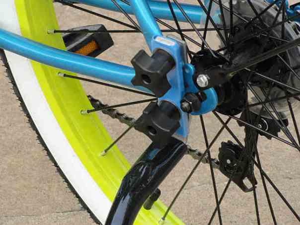 bike tow leash mount 4