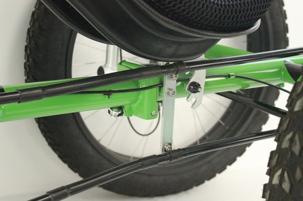 Hartlander fat recumbent trike mid frame section