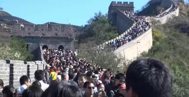 great wall a bit crowded