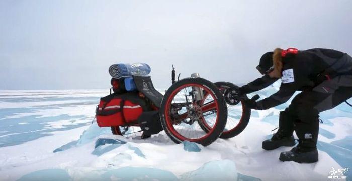 Azub FAT trike on frozen lake 10