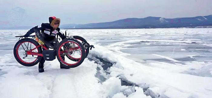Azub FAT trike on frozen lake 15