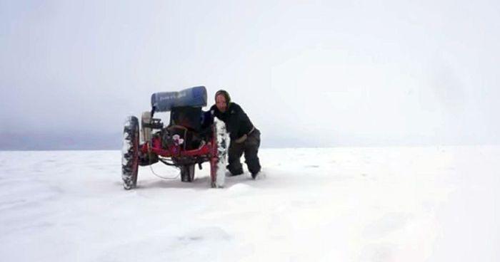 Azub FAT trike on frozen lake 4