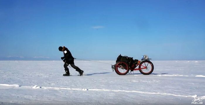 Azub FAT trike on frozen lake 5