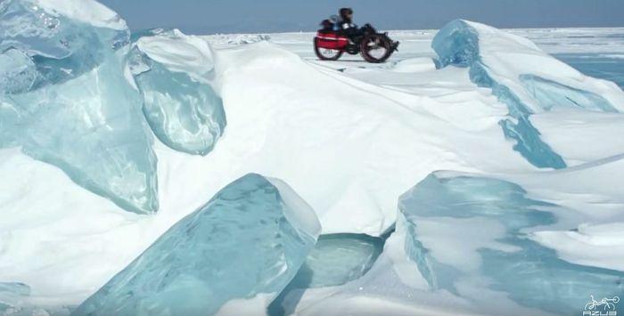 Azub FAT trike on frozen lake
