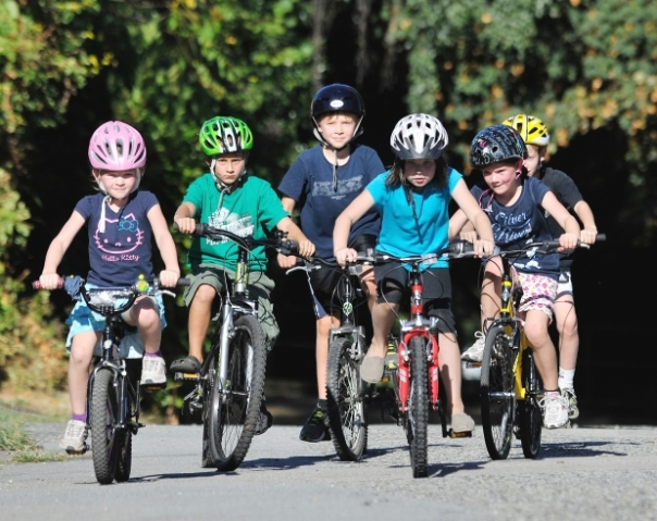 kids wearing helmets