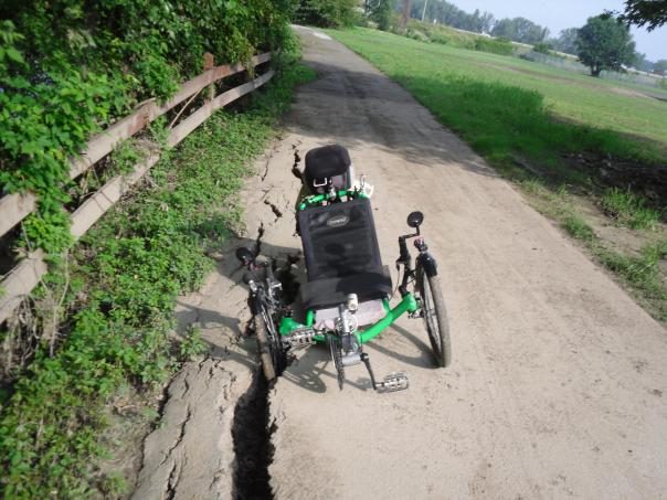 maumee-pathway-river-bank-erosion-problem-1