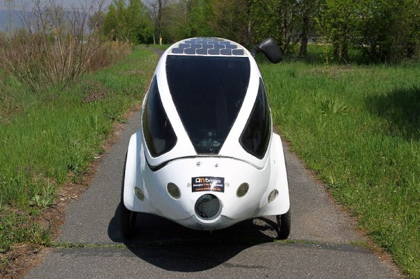pannonrider-solar-velomobile-front-view